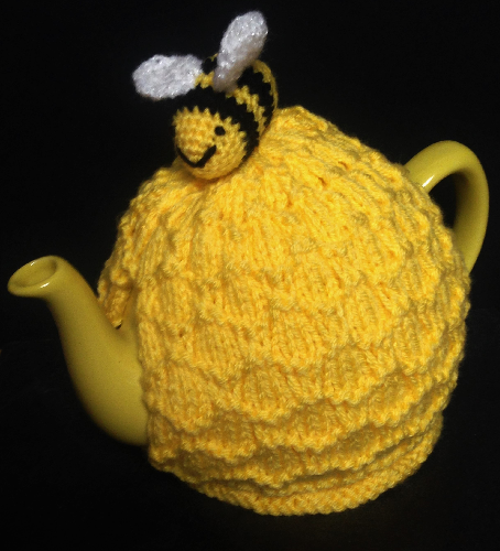 Yellow Teapot Bumble Bee Tea Cosy