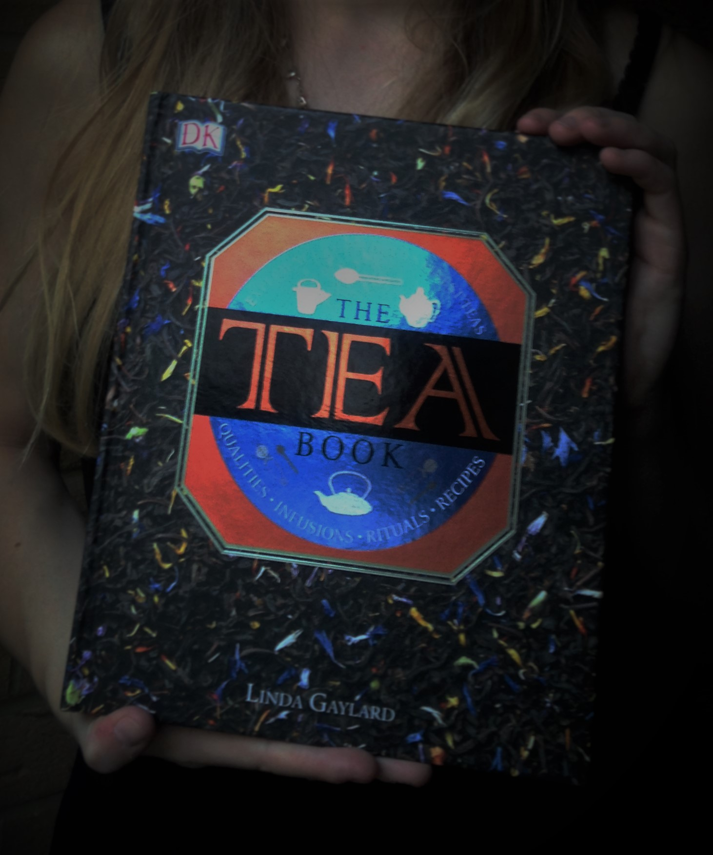 The Tea Book by Linda Gaylard