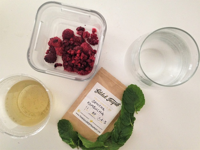 Sencha Kombucha | The Gilded Teapot | Green Tea Mocktal icepop recipe raspberry and mint